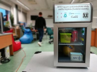 RFID tag pro potravinářské účely měřící teplotu /Foto: GABEN, spol. s.r.o./