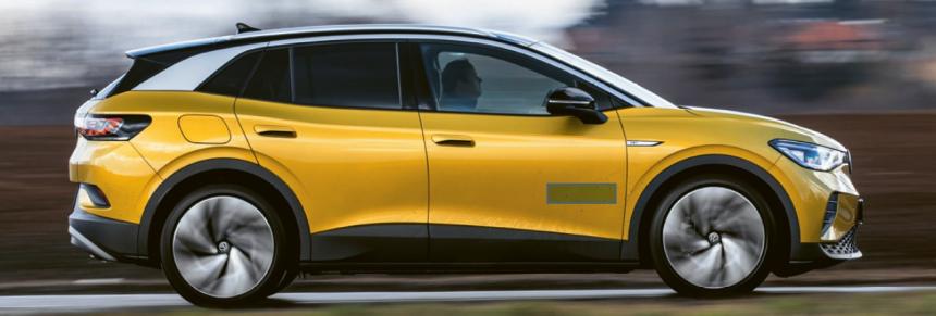 Volkswagen postupně rozšiřuje svoji rodinu elektrických modelů ID. Po kompaktním ID.3 se začal prodávat také vetší a prostornější model ID.4 postavený na stejné technologii, ale nabízející jiné užitné vlastnosti.