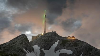 Laserový terawattový systém byl na horu Säntis dopraven koncem letošního května