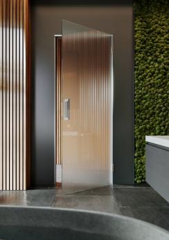 celoskleněné dveře v kombinaci s AKTIVE GLASS