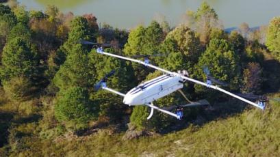 Hybridní dron HAMR zvládne více než tříhodinový let