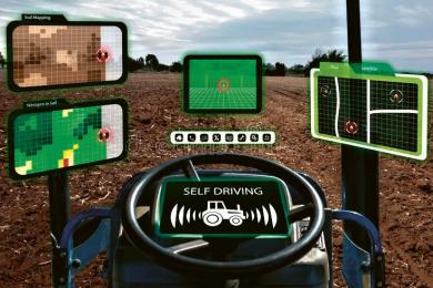 Autonomní traktor se samostatným řízením