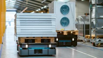 Výkonné autonomní mobilní roboty pro optimalizaci logistiky