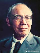 Šéfkonstruktér Ren Xin-min se dožil 101 let